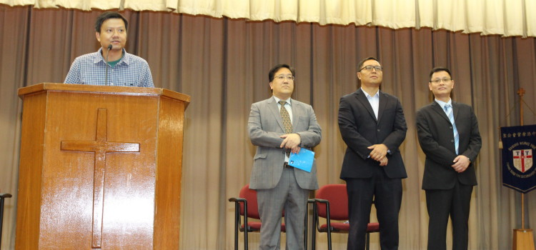 Alumni sharing in Morning Assembly on Nov 25, 2014
