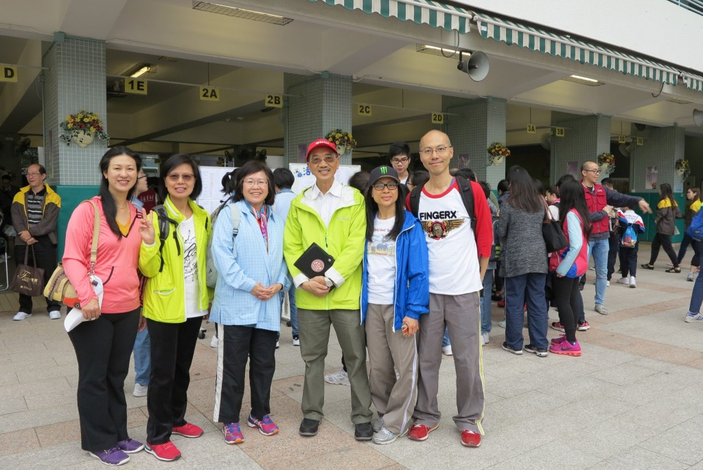 Parents and Mr Tong_Amity Director