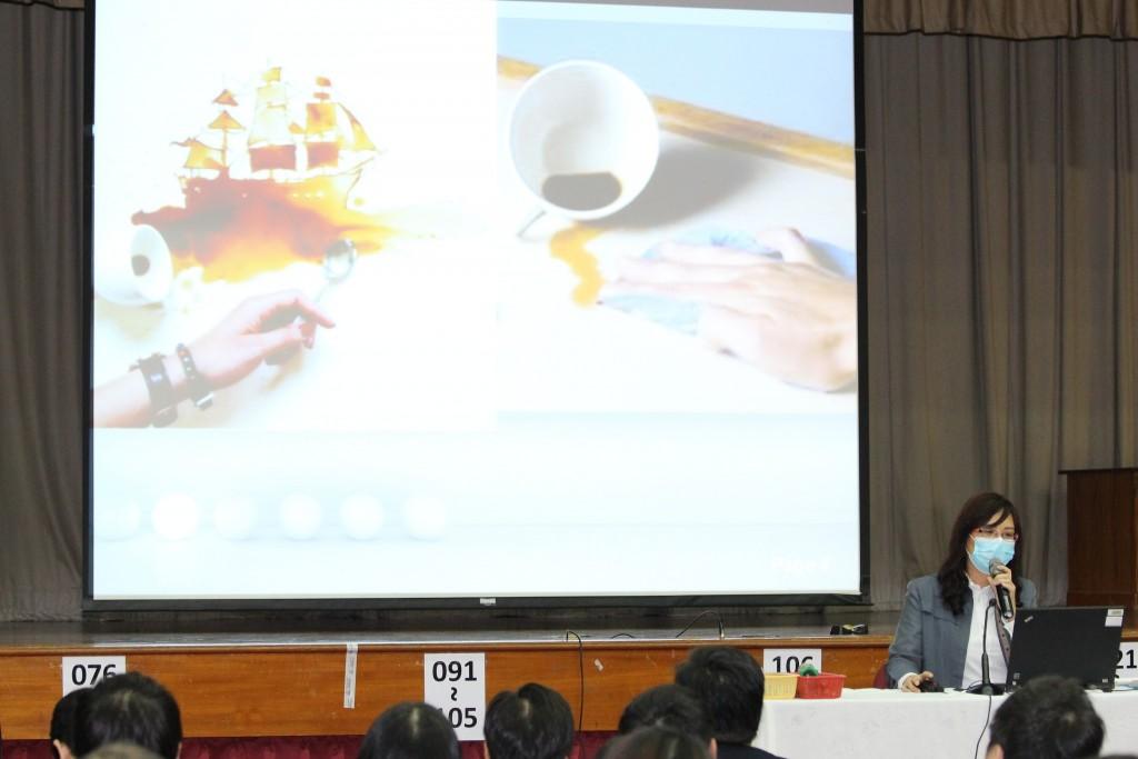 11b_Ms Ho WY IA Panel Chair sharing (2)