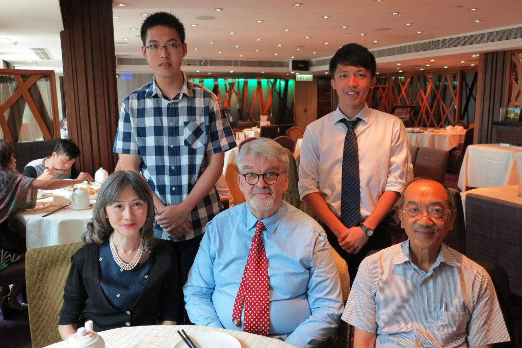 Our former principal Mr Tong (first from right, first row), Sunny's mentor, also shared his achievements at a celebration lunch.